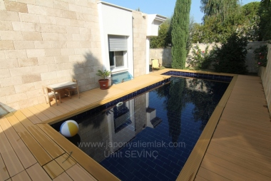 İzmir Narlıdere Limanreiste 350 m2 arsa içinde Müstakil Satılık Villa