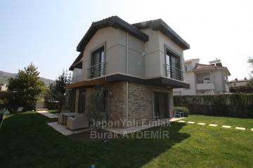 Güzelbahçe Kahramandere'de Site İçi 225 M2 Satılık Havuzlu Villa