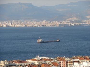 İnönü Caddesi Hakimevlerin'de Panoramik Deniz Manzaralı Satılık 160 M2 Daire