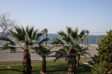 Köprü Durağı Türk Koleji Yanı Net 160 M2 Satılık 4+1 Yalı Dairesi