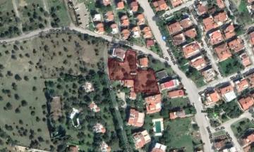 İzmir Urla Güvendik Mahallesi Denize Çok Yakın 1.702 m2 İmarlı Arsa