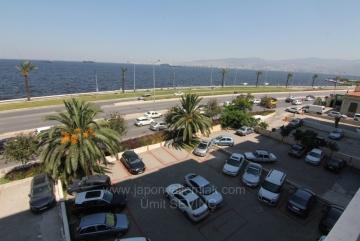 Otoparklı İzmir Karataş Konak Yakını 200 m2 Köşe Satılık 4+1 Yalı Dairesi