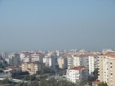 Narlıdere 2. İnönü'de Site İçi Deniz Manzaralı 3 Odalı Çift Cepheli Satılık Daire