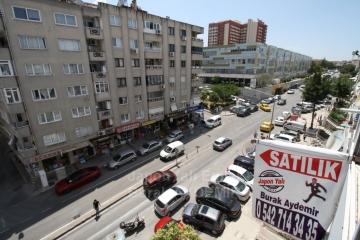 Basın Sitesi Cadde Üzeri 3 Odalı Doğalgazlı Satılık 120 M2 Daire