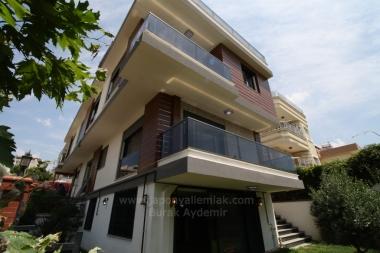 Güzelbahçe Kahramandere'de  200 M2 Kullanım Alanı Satılık Sıfır İkiz Villa