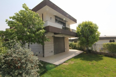 İzmir Bornovada Villa Nova Yakını Site İçinde 7+2 Satılık Süper Lüks Villa