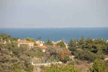 İzmir Urla Zeytinalanında Satılık Deniz Manzaralı Müstakil Teraslı Villa