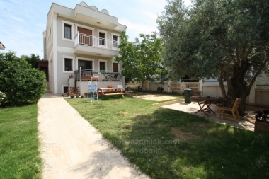 Güzelbahçe Yalı Mah. 500 M2 Arsa İçinde Satılık Müstakil Villa