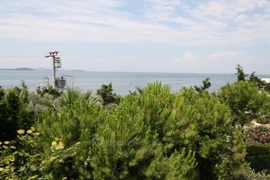 Urla Kalabak' da 4 Odalı 160 M2 Deniz Manzaralı Sıfır Satılık Villa Tipi Daire