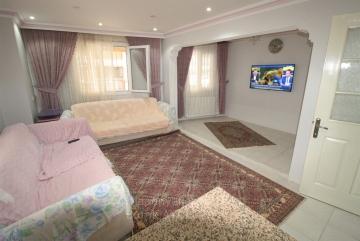 Güzelyalı Kaçkar Fırın Yakını Otoparklı 2 odalı Satılık 90 M2 Daire