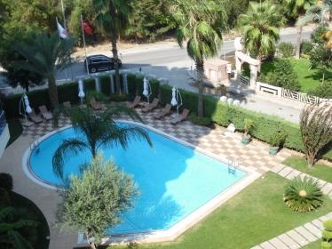Narlıdere'de 4+1 Havuzlu  Residence Kiralık 5. Kat 240 M2 Süper Manzaralı